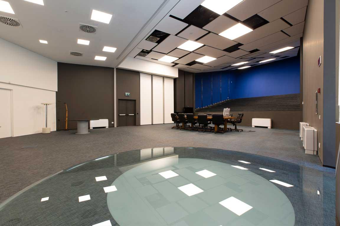 Gruppo Angelini-aula magna dopo